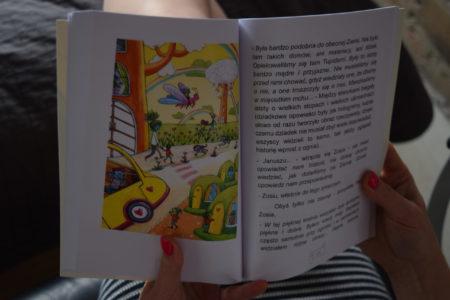 Tronditle - środek książki